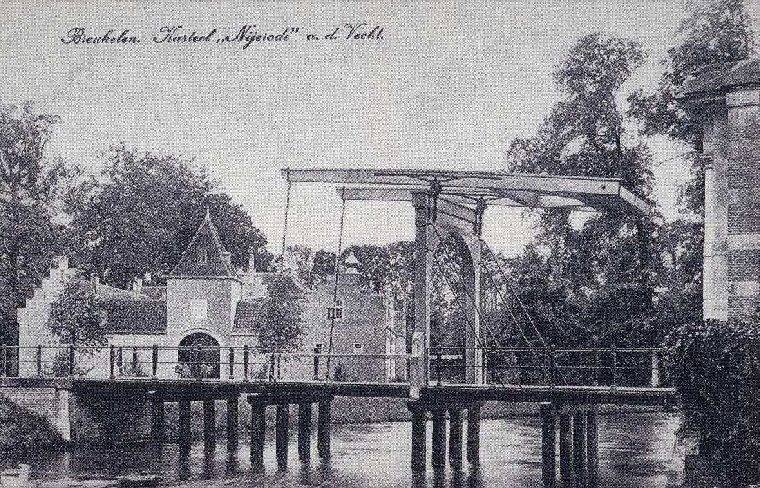 Houten ophaalbrug verving stenen brug van 1860 in 1915